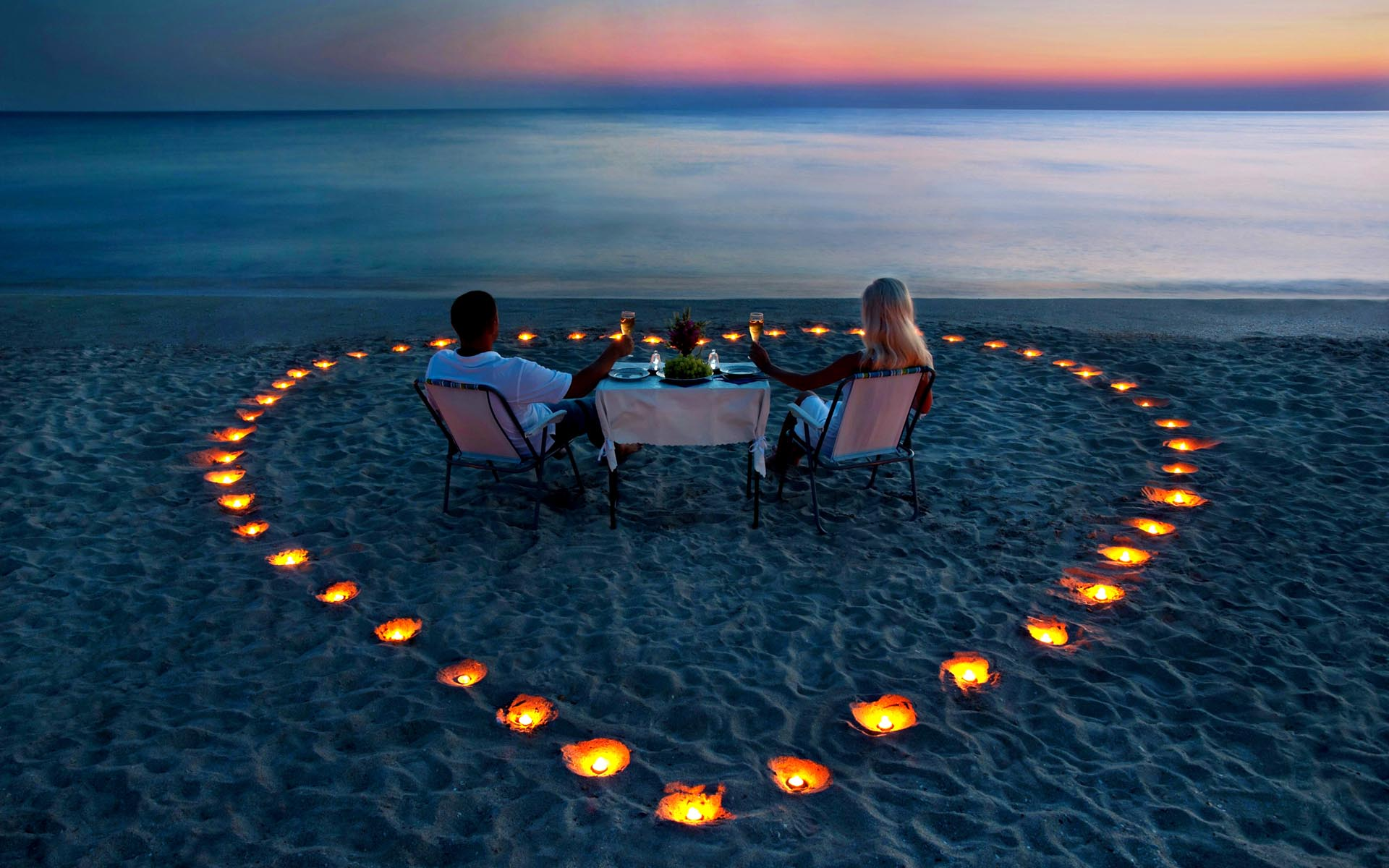 romantic-evening-293511121